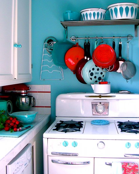 Red + Turquoise | The Lovely Bee