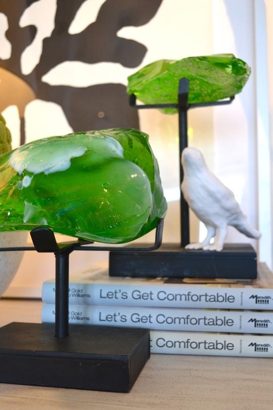 Gorgeous Greens: Stones on pedestals