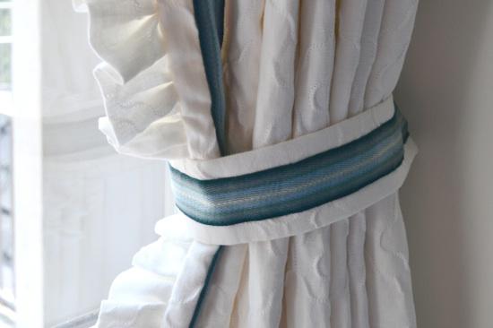 Blue + white teenage girl's bedroom   Designed by Lisa Palmer // SummerHouse