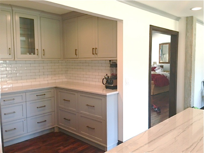 Before and After | Kansas Kitchen | Designer Lindsey Townsend at SummerHouse
