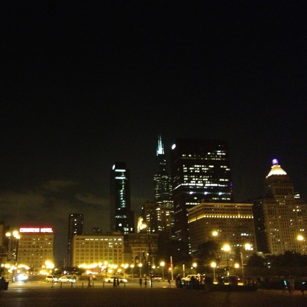 Chicago at Midnight // The Lovely Bee